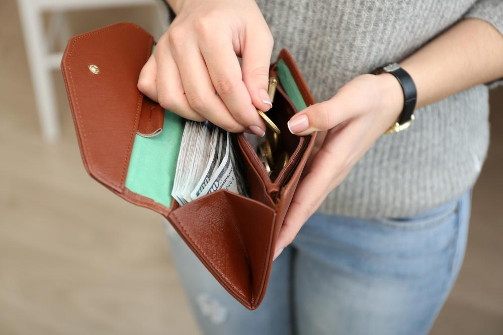Do you have a wallet full of credit cards? It might present debt trouble.